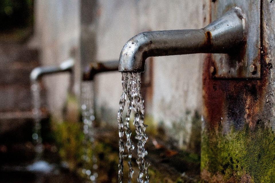 uchwala rady miejskiej woda
